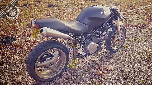 La Ducati 750 Mostro de Groseb.