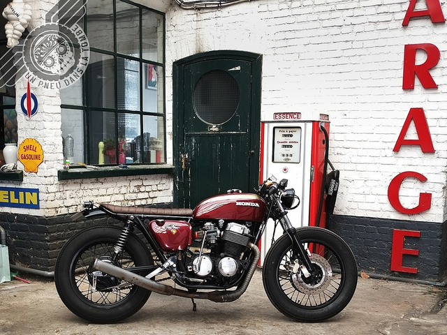 La Honda CB 750 Four de Laurent, un cafe-racer bien dans l'air du temps.