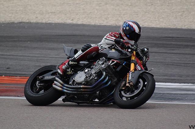 Une Honda CBX, massivement préparée par Brancquart Compétition.