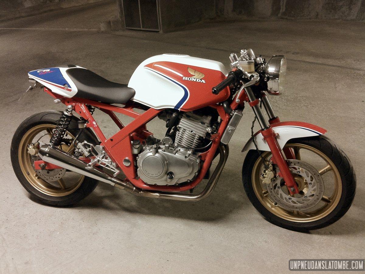 la honda cb 500 cafe racer de romain une belle moto cole. Black Bedroom Furniture Sets. Home Design Ideas