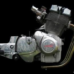 Les plus beaux moteurs de motos, déshabillés par Gordon Calder...