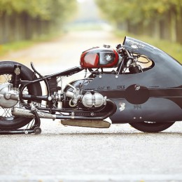 "Le dragster ""Sprint Beemer"" de Sébastien Lorentz."