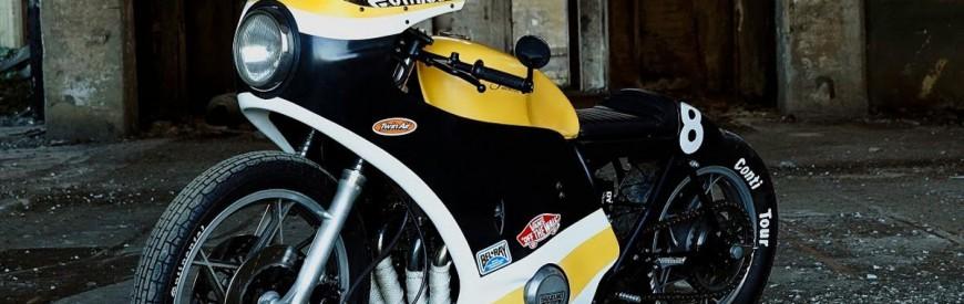 La Suzuki GS 750 des JTbrothers... Un beau monstre rigide et caréné !