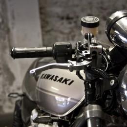 La Kawasaki 1100 Zephyr de Pierre... Un bon gros cafe-racer !