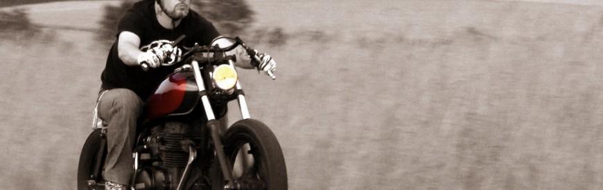 Une Yamaha XS 400, passée entre les mains de Vini Garage Company...