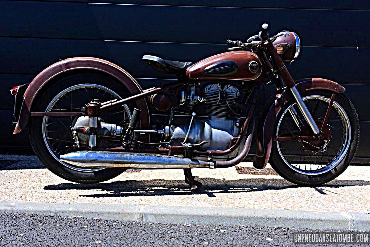 La AWO 250 type 425 de Cédric...
