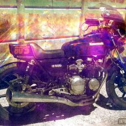 La nouvelle brèle de Mad Max ? Nan, juste la Kawasaki Z500 de Stéphane...