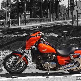 La Honda VFC 750 Magna de Bastien...