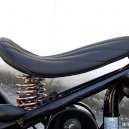 Hoolister Heist 125 façon bobber vintage, signée Racer Factory...