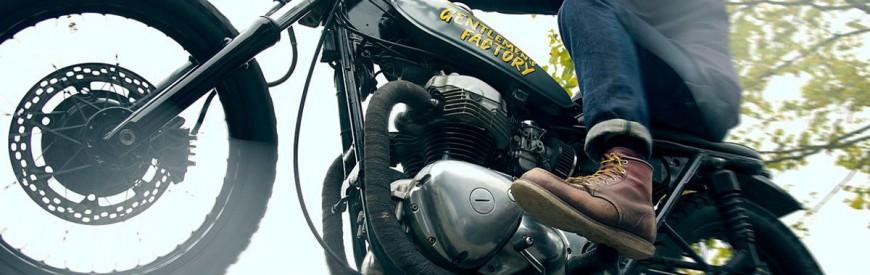 Une Kawasaki W650 custom, à l'image de Gentlemen's Factory...