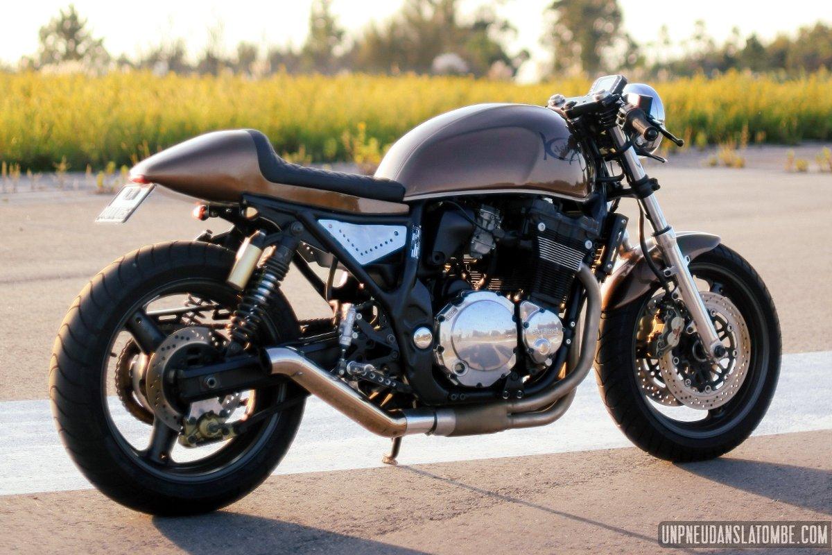 Pneu Cafe Racer Moto