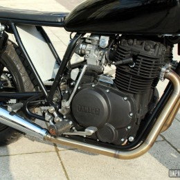 La Yamaha XS 400 de Joanny...