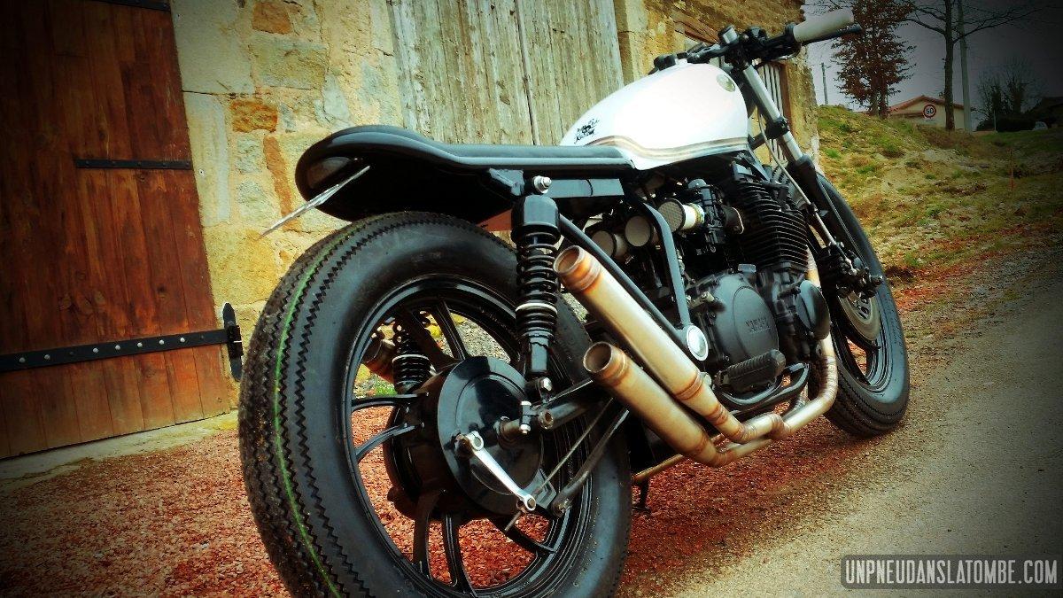 """Yamaha XJ 650 """"bratstyle"""" : Ironbike Kustom succombe au style japonais..."""