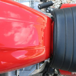 Honda CB 400 T scrambler : la petite meule de Didier...