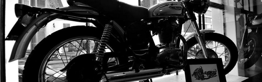 Continental Circus Trip : l'agence de voyages à motos... De caractère !