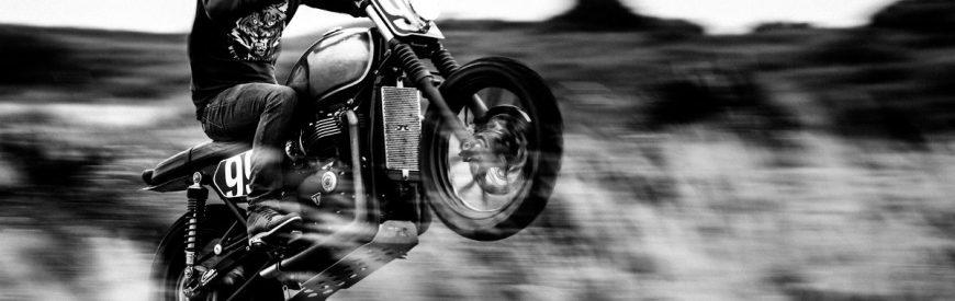 Doggystyle Moto Crew : les Chtis malmènent la Triumph Street Twin !