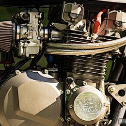 "Kawasaki Z1000 ""Sur les chapeaux de roues"" : cafe-racer ou bijou ?"
