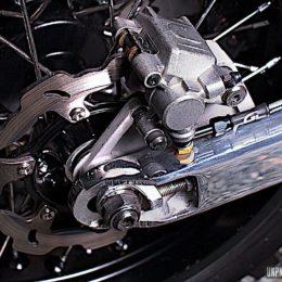 Yamaha XT 600 scrambler : Freeride Motos donne vie à mon rêve d'ado !