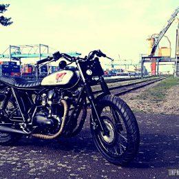 La Kawasaki W650 façon Bratstyle d'Eric...