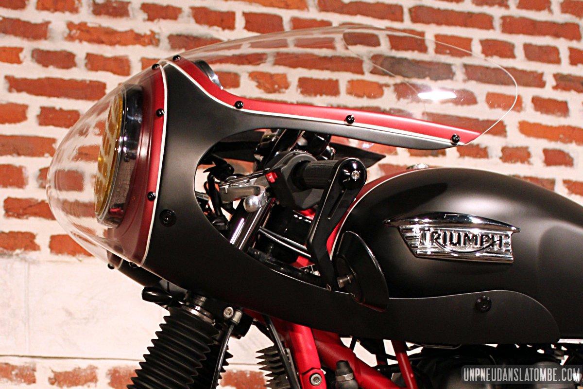 triumph bonneville cafe racer la belle moto de marco. Black Bedroom Furniture Sets. Home Design Ideas