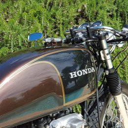 La Honda CB 550 Four cafe-racer de Fabrice...
