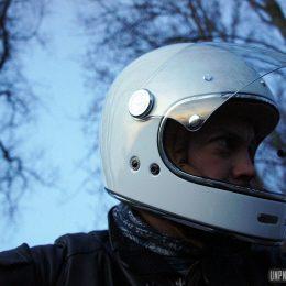 Full Moon : un nouveau casque intégral rétro signé Mârkö...
