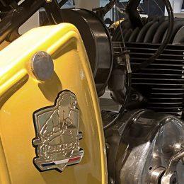 Breizh Coast Kustoms signe une belle Peugeot de 1952, pour La Touche Française...